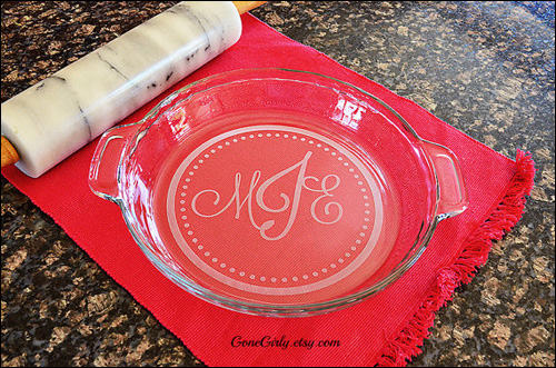 Traditional Monogramed Pie Plate from Gone Girly