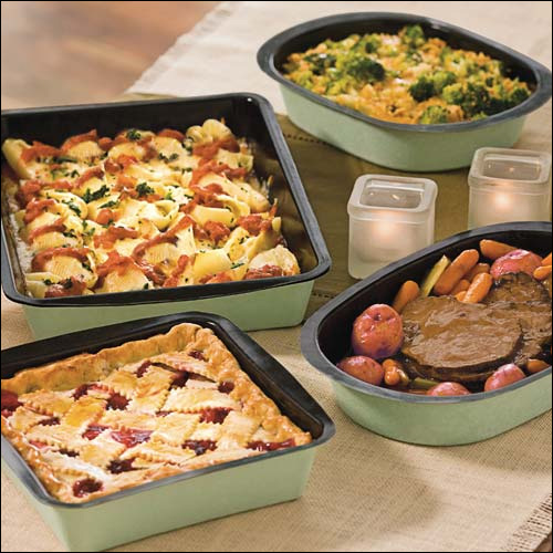 Disposable Bakeware by Chinet